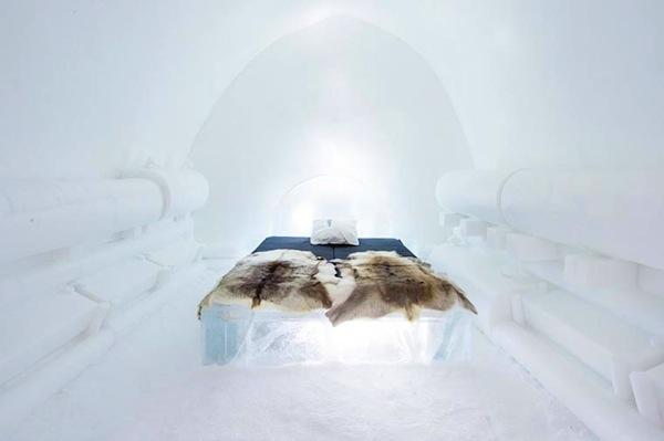 Ice-Hotel-2015-art-suites-3