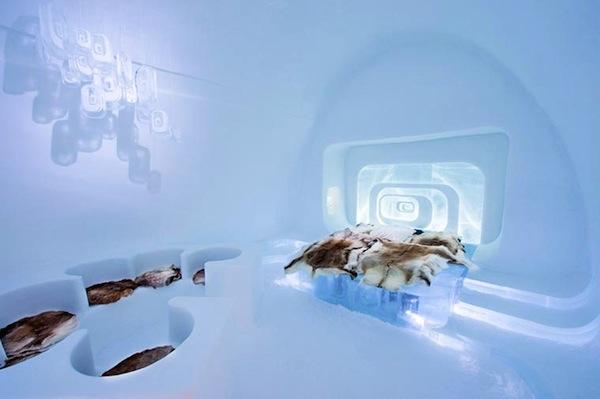Ice-Hotel-2015-art-suites-5
