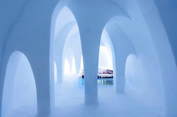 Ice-Hotel-2015-art-suites-8