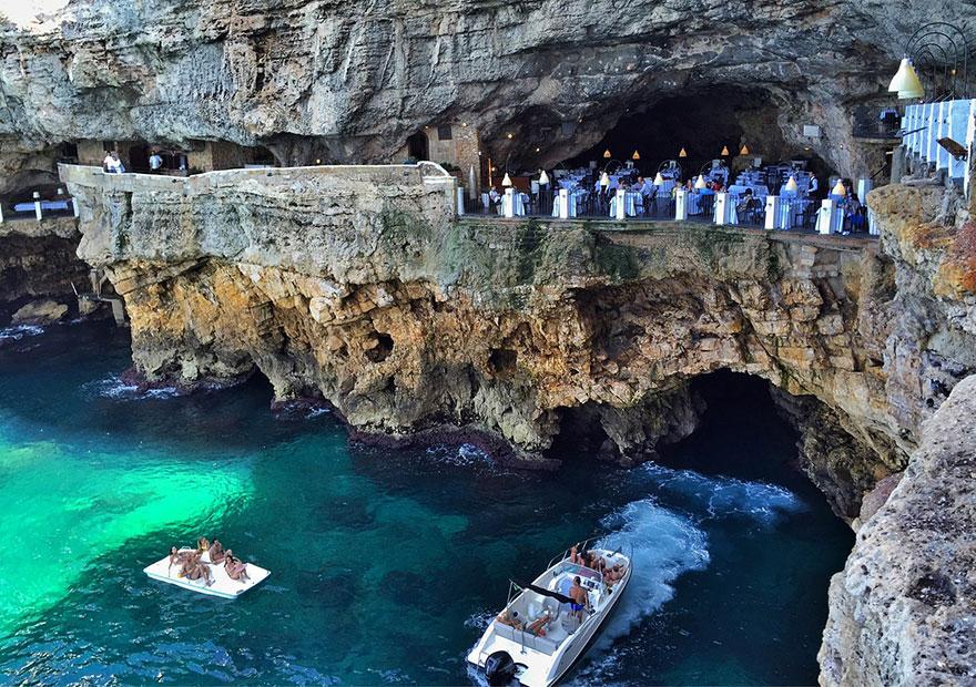 italian-cave-restaurant-grotta-palazzese-polignano-mare-8