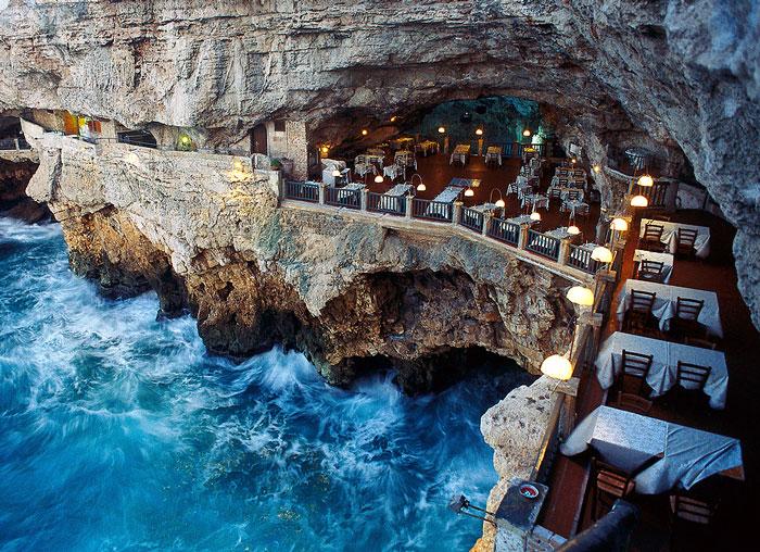 italian-cave-restaurant-grotta-palazzese-polignano-mare-coverimage