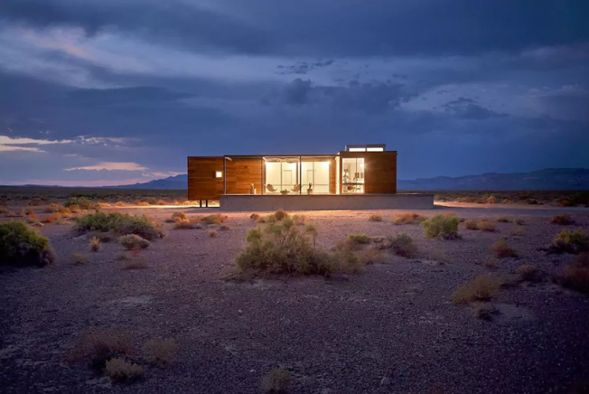 airbnb-audi-nuit-desert-2
