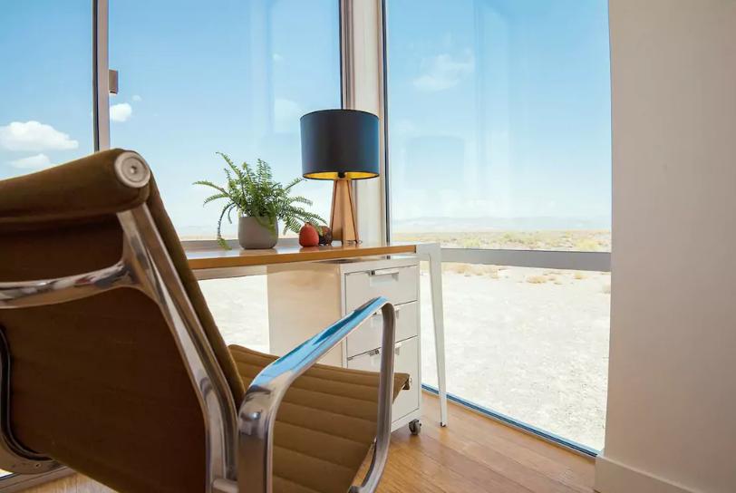 airbnb-audi-nuit-desert-4