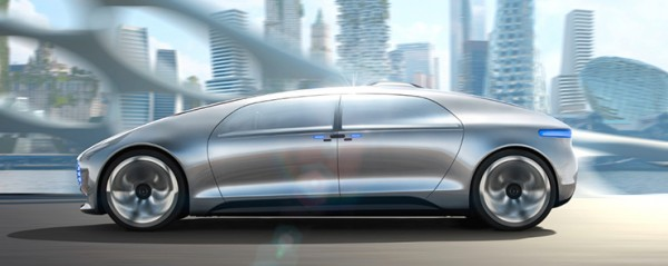 F015-Luxury-in-Motion_Voiture-autonome_Mercedes-Benz2_Cd-Mentiel-Magazine