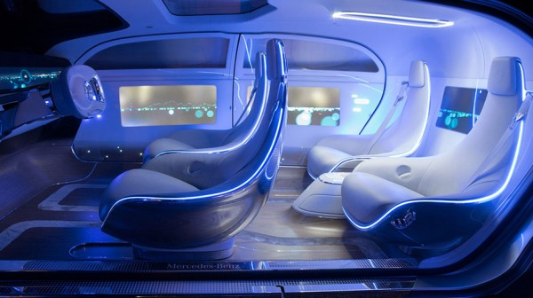 F015-Luxury-in-Motion_Voiture-autonome_Mercedes-Benz6_Cd-Mentiel-Magazine